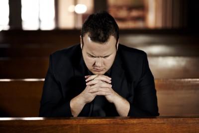 Por que existem tantas igrejas diferentes? Qual é a melhor?